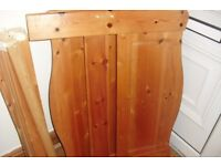 PINE SINGLE BED WITH WOODEN SLATTS IN GOOD USED CONDITION