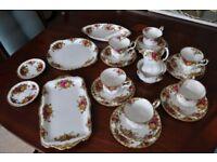 Royal Albert Old Country Rose China 25 piece tea set