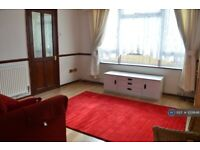 3 bedroom house in Canning Town, London, E16 (3 bed) (#1031648)