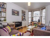 A well presented 2 double bedroom period conversion off Clapham High Street. St Lukes Avenue, SW4