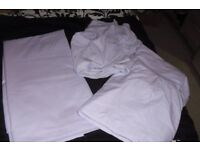 SELECTION OF KINGSIZE BEDDING IN LILAC GREAT CONDITION