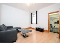 ONE BED FLAT ON COLDERSHAW ROAD WITH AMPLE STORAGE + PRIVATE PATIO. £1300 PCM