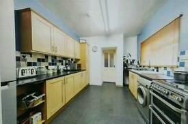 Newly refurbished single/double room £350 pm