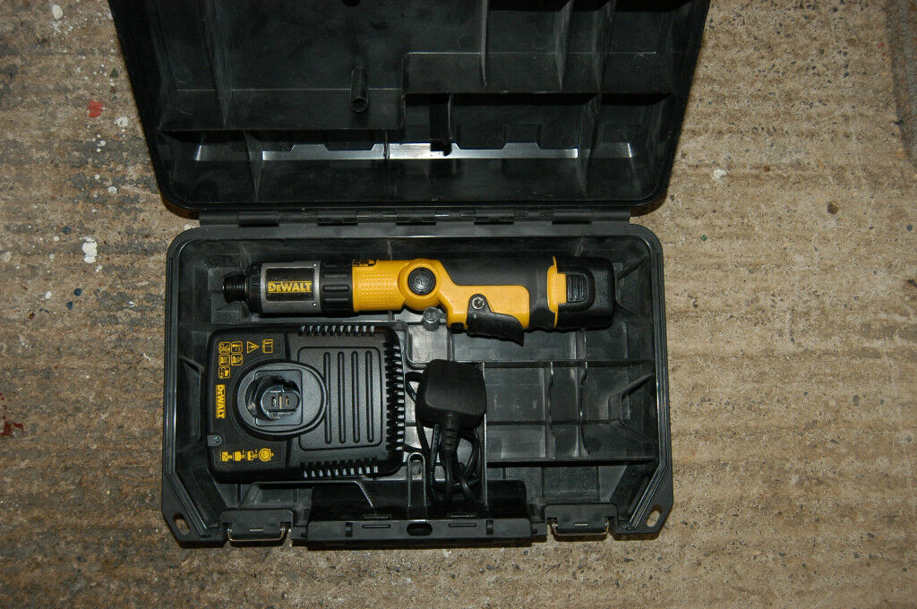 Dewalt DC600 Battery Screwdriver plus Accessories