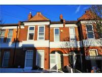 3 bedroom flat in Hosack Road, Balham, SW17 (3 bed)