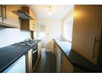 3 bedroom flat in Mowbray Street, Heaton, Newcastle Upon Tyne, NE6