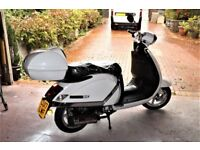 LAMBRETTA PATO-N 151 4 STROKE AUTOMATIC TWIST & GO WHITE. PRIVATE SALE.