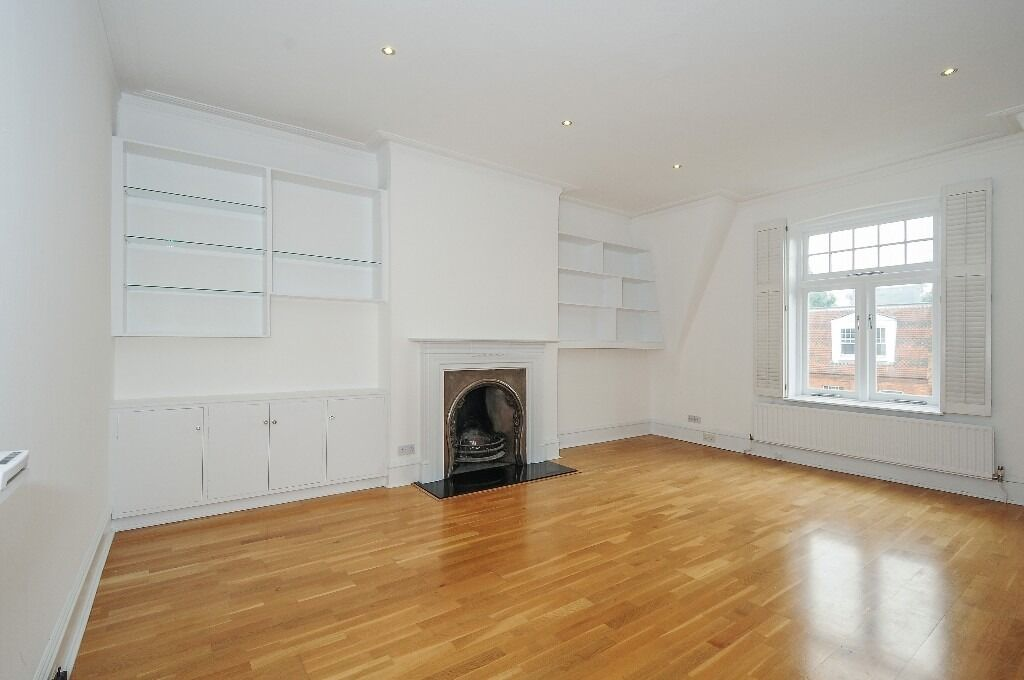 A stunning, spacious & grand three bedroom flat to rent, located on a quiet tree lined street