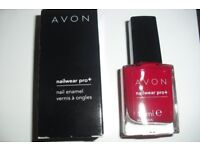 """BRAND NEW IN BOX AVON NAIL ENAMEL COLOUR """"REAL RED"""""""