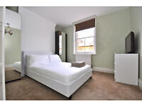 Great value double room in period block around the corner from Elephant & Castle!
