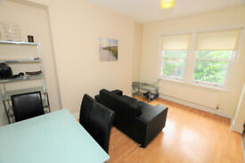 Large 2 double bedroom duplex apartment just off chiswick High road