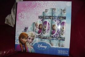 BRAND NEW OF 6 DISNEY FROZEN CHRISTMAS CRACKERS ACTIVITY BOOKS, CRAYONS, DOT TO DOT BOOKS