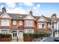 *Exceptionally spacious double bedroom*Fantastic living space*Modern galley style kitchen*TRINITY