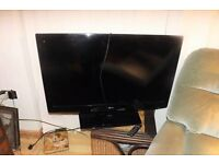 """LG Smart TV 42"""" screen in perfect working order"""