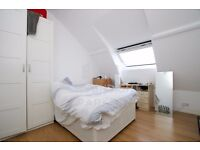 AMAZING CHURCH CONVERSION 3 BED/2 BATH APMT- CLOSE TO CAMDEN TOWN- GREAT FOR SHARERS- MUST SEE