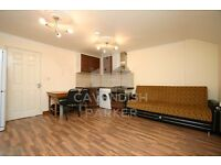 LOVELY 1 BED FLAT- OFFERED FURNISHED- VERY CLOSE TO OLD ST TUBE STN- AMAZING LOCATION- MUST SEE!!