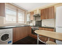 Wonderful, modern flat, double room, Royal Oak/Warwick Avenue stations!