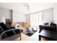 **NO ADMIN FEE**Excellent value 3 bedroom flat near Old St N1