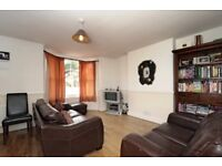 ***TWO DOUBLE BEDROOM PERIOD CONVERSION available to rent - Hackford Road, SW9***