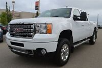 2013 GMC SIERRA 2500HD SLT | Leather | Heated Seats |