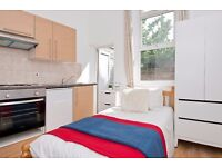Studio with Patio in Hammersmith, Bills Included!
