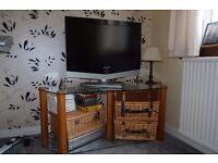 Quality TV / AV Stand