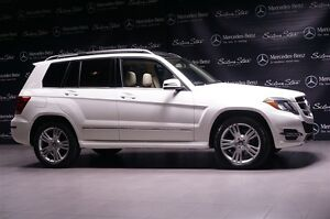 2013 Mercedes-Benz GLK250 Bluetec Premium Package, Burl Walnut W