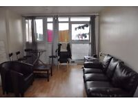 4 double bedroom LAMINATED FLOORS fully furnished FITTED KITCHEN