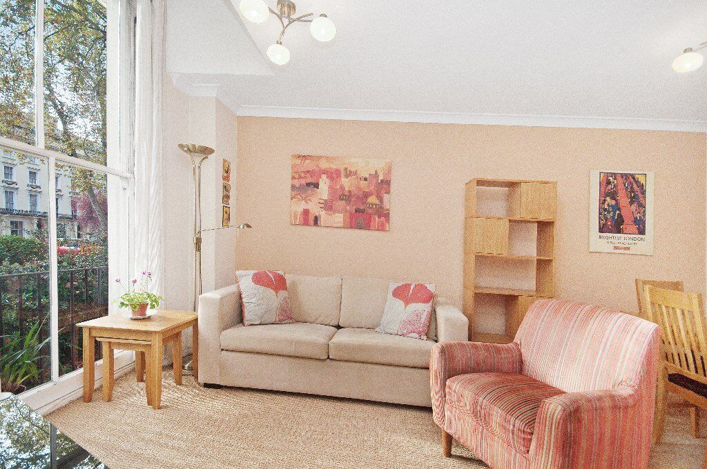 GREAT PRICE! 1 bed flat AVAILABLE NOW in a period building in Paddington/Bayswater **£340pw**