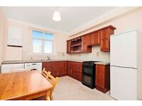 3 DOUBLE BED DUPLEX FLAT   WALKING DISTANCE TO PADDINGTON   SEPARATE LIVING ROOM