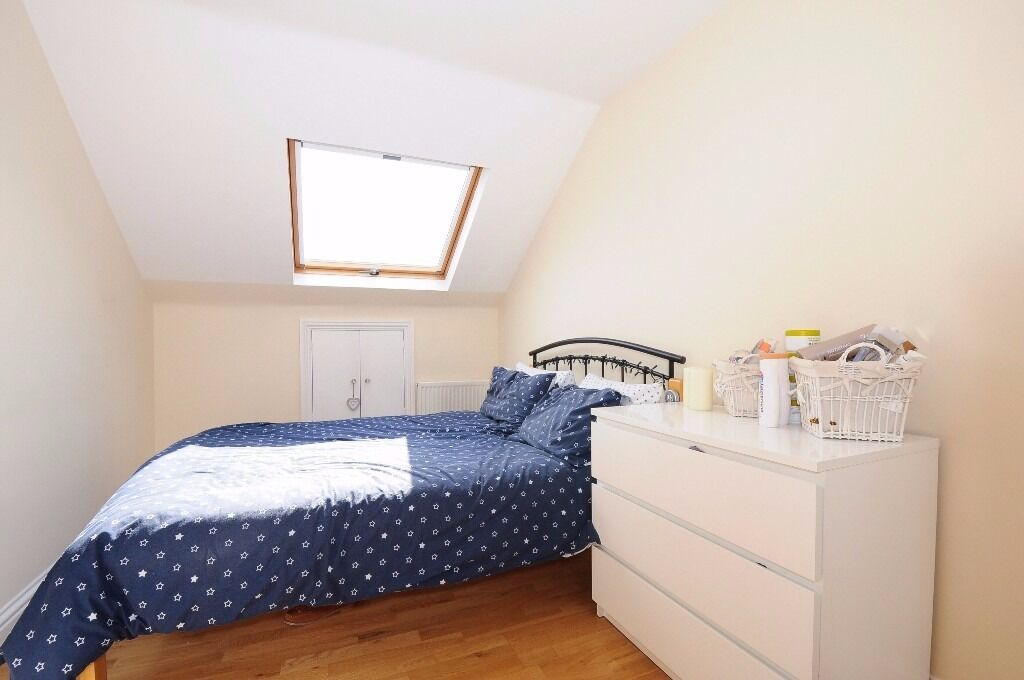 NEW!!**Two double bedrooms**Modern open plan living space**Fully fitted modern kitchen**BRADING