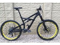 Mountain Bike SPECIALIZED ENDURO 2014 Limited Addition Comp, Size M complete bike.