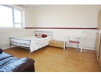 A flat share room available now at NW1 3QE short let until Mid September