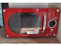 DEAWOO Microwave Oven, Used but in good condition!