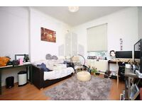2 BED ON PITFIELD ST- CLOSE TO OLD ST & HOXTON- SHOPS NEARBY- EXCELLENT LOCATION- IDEAL FOR SHARERS