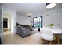 INCREDIBLE 3 BED / 2 BATH- 1 YR OLD APMT- VERY HIGH END- AMAZING LOCATION- GREAT FOR SHARERS