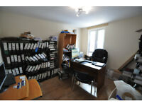 Newly refurbished spacious flat on Merton Road easy access to Earlsfield, Wandsworth and Wimbledon