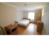 CENTRAL SELF CONTAINED STUDIO IN CLEVELAND GARDENS, BAYSWATER, W2 ***ALL BILLS INCLUDED***