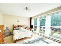 * GREAT VALUE MODERN 2 BED - CHISWICK - 5 MINS FROM TUBE (DISTRICT LINE) ONLY £1500 - 2 X DOUBLES *