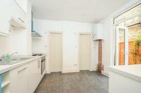 Ravensbury Road, SW18 - Recently refurbished one double bedroom flat with garden - £1,500pcm