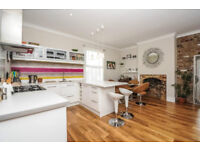 2 bedroom flat available to the lettings market