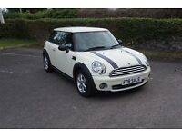 ** Immaculate ** 2009 MINI ONE 1.4 6 Speed ** ( Volkswagen Ford Seat citroen )