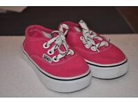 Vans Trainers for girl UK 5