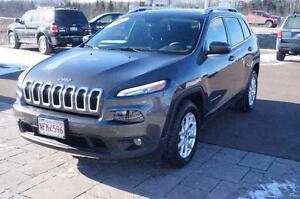 2014 Jeep Cherokee North! V6! 4x4! Only 70k! Bluetooth!