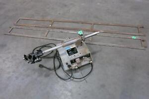 Victor VCM 200 Cutting Machine + 2x Tracks