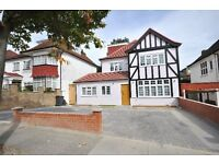 6 bedroom house in Allington Road, Hendon, NW4