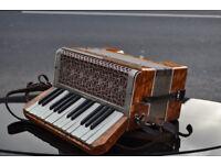 vintage retro vissimio accordion