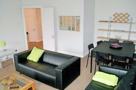 Large sunny west end flat suitable available on short stay basis with all bills included