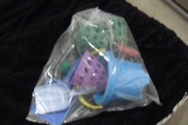 BAG OF BEACH TOYS SPADES, BUCKET, BALL + OTHER ITEMS