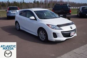 2012 Mazda MAZDA3 GS-SKY! 0.9% Financing! Fully Reconditioned